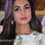sonal chauhan hot sexy rare images (12)
