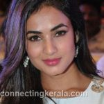 sonal chauhan hot sexy rare images (2)