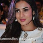sonal chauhan hot sexy rare images (20)