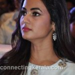 sonal chauhan hot sexy rare images (28)