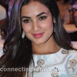 sonal chauhan hot sexy rare images (29)