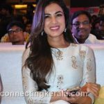 sonal chauhan hot sexy rare images (56)