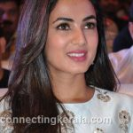 sonal chauhan hot sexy rare images (96)
