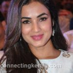 sonal chauhan hot sexy rare images (98)